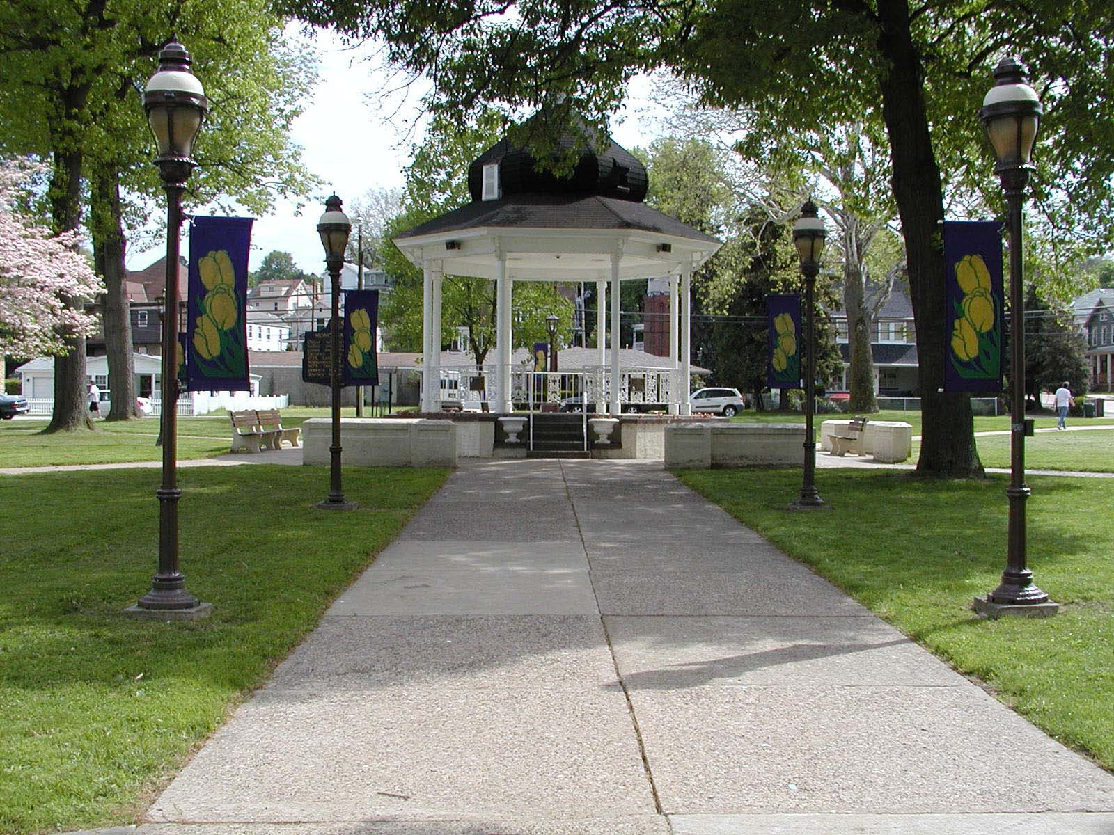 Gazebo - Chess Park